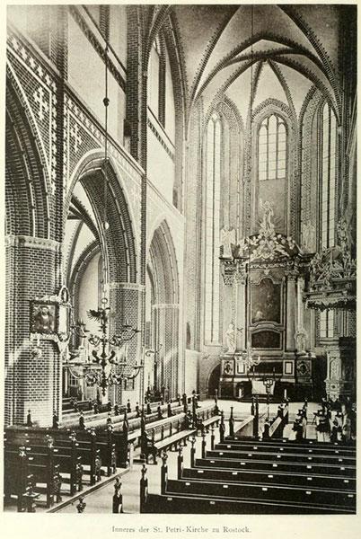 Innenraum der Petrikirche (1896)