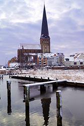 PetrikircheNordansichtWinter