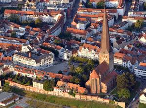 St. Petri, Luftaufnahme von Osten